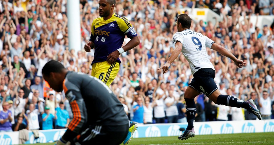 Action from Tottenham Hotspur 1-0 Swansea City, August 2013